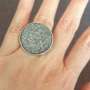 NEW Urban Outfitters Large Silver Druzy Ring